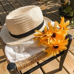 Vintage Cream and Black Woven Summer Straw Hat